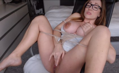 athina3 мастурбация в порно чате