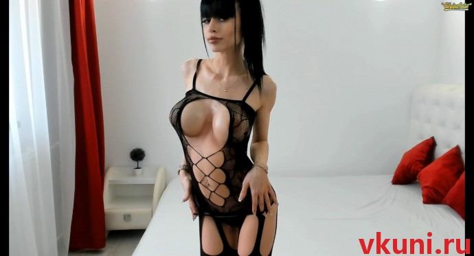 Порно чат с грудастой девушкой моделью alexissadele в сексуальном наряде