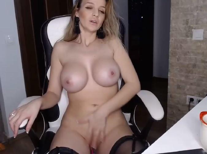 boob smileyouarehere