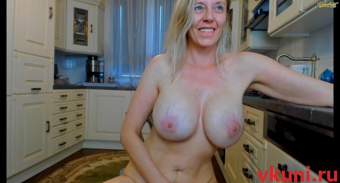 Зрелая блондинка tunderose в порно чате