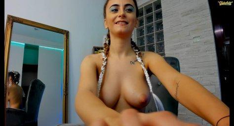 Annemarie1996 boobs